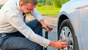 Flat Tire Repair on the Freeway 1